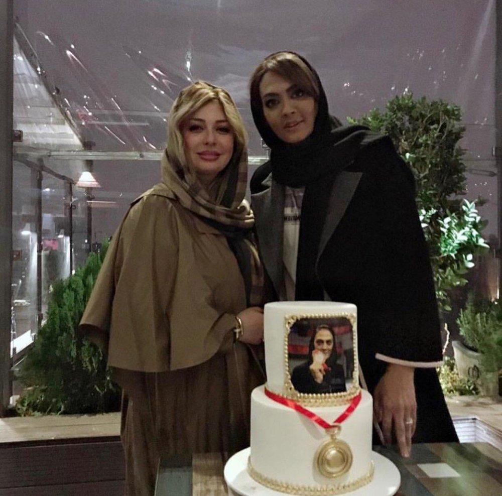 تیپ خاص شهربانو منصوریان در کنار نیوشا ضیغمی/عکس